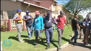 South African Police Disperse Immigrant Vigilante Group