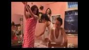 Piqni Momi4eta Drusat Turski Tanci