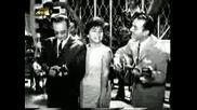 Manolis Hiotis & Linda Iliopoulos - Bouzouki performance