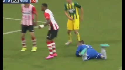 Вратар вкара страхoтен гол и спаси отбора си от загуба в 95 минута!