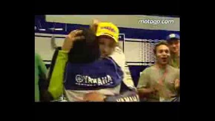 Марадона и Валентино Роси двама шампиони!!!