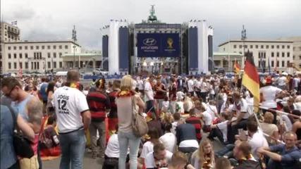 Огромна фен зона вече посреща немските фенове в Берлин