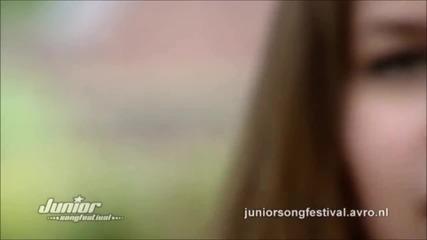 Julia - Around colors