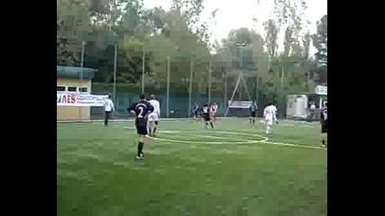 Байерн - България във форумната лига!