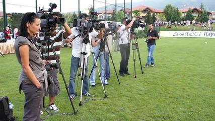 В Милан си харесаха 6 българчета
