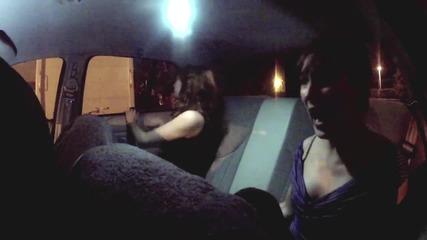Да си в такси с. . . . върколак! * Скрита камера! *