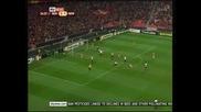 """""""Бенфика"""" взе добра преднина срещу """"Нюкасъл"""" - 3-1"""