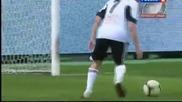 5 годишно момче влиза в игра и вкарва гол!