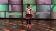 12 годишно момиче изумява с танца си