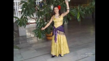 Vievska Folk Grupa - Vino Da Se Lei