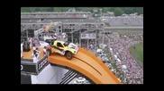 Огромен скок с кола!!!