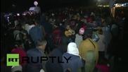 Hungary: Refugees break through police cordon at Roszke camp