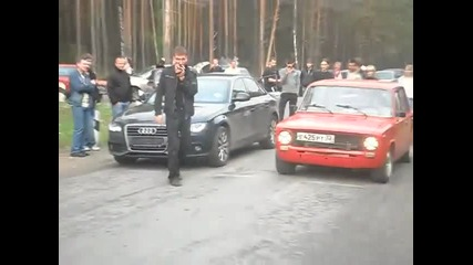 Audi A4 1.8 automatic vs Ladavaz 2101