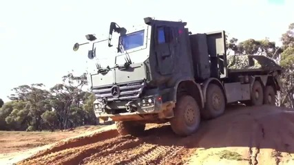 Mercedes benz Military 2013