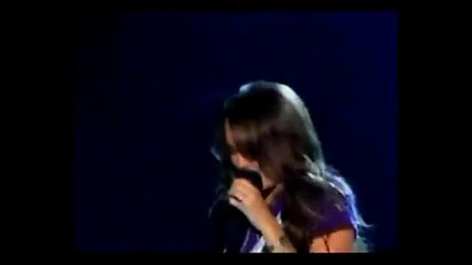 Taylor Vs Demi Vs Miley Vs Selena - Live singing