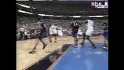 Allen Iverson Забива Над Vince Carter!