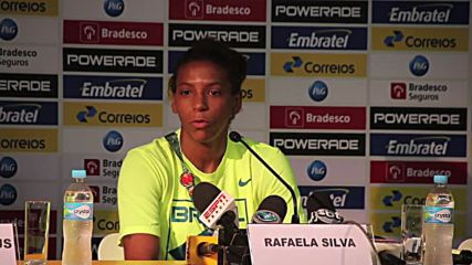 Brazil: From the 'City of God' to the gold medal – Rafaela Silva shows off her prize in Rio
