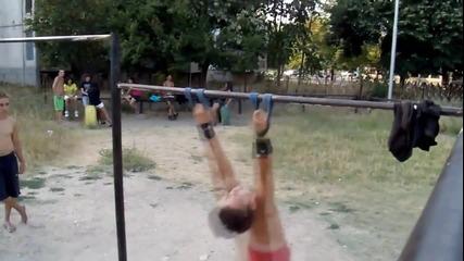 Уличният фитнес в България през 2012 година ! (част 2)