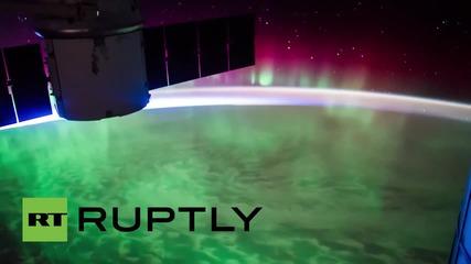 Космоса: Красотата на полярното сияние