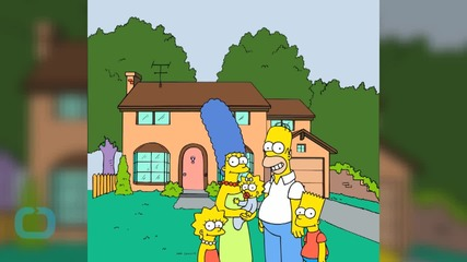 Watch Homer and Marge Simpson Quash Divorce Rumors