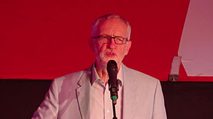 UK: Corbyn talks climate at Momentum event on eve of Labour conference