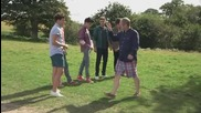 Зад кулисите на видеото на One Direction - Live While We're Young