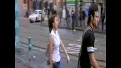 Хум Тум - Защо Момичето Не e Като Момче