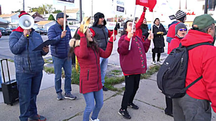 USA: Chicago teachers go on strike after contract talks break down