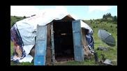Уникално! Овчари от Киргизстан не пропускат мачове от Мондиала