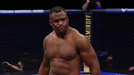Франсис Нгану прегази Жоржиньо Розенструйк за 20 секунди !!!