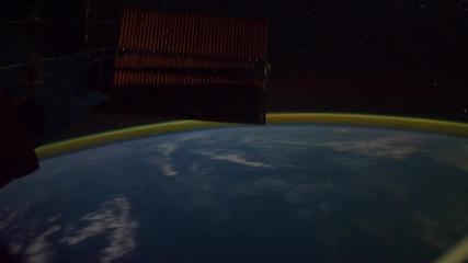Спиращо Дъха, Видео! Планетата Земя «