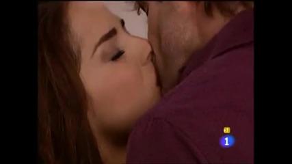 Невероятно сладък момент Лола и Марсело се целуват, Марсело предлага брак на Лола