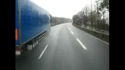 Scania R500 срещу Daf Xf530