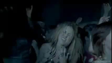 превод! ( H Q ) Взривяващата песен на Miley Cyrus - Who Owns My Heart! Official video.