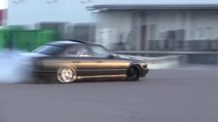 Bmw M5 Turbo на пътя.. :)
