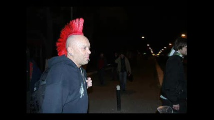 The Exploited - Lets Start A war (live) 2007