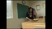 Сексапилна Учителка