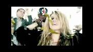 Реклама на албума animal Ke$ha