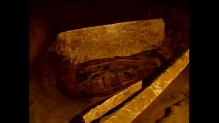 Откриха мумии в Египет