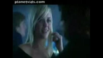 Реклама - Перфектната Жена Може И... Това