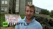 France: Farmers blockade Eure govt building to protest low dairy & meat profits