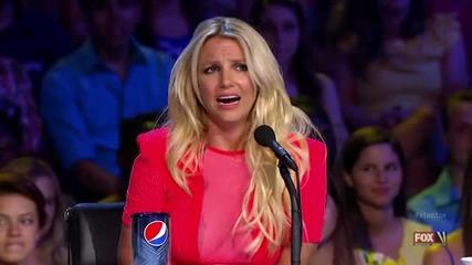 Физионимиите на Бритни Спиърс на прослушванията на Х Фактор [ Смях ] ..