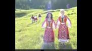 Виевска Фолк Група - Две Змии Се Вият