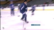 Justin Bieber & Jake Schafer - Playing Hockey Hd ( Home For the Holidays )