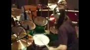 Slipknot - Joey Загрява Солото Си На Барабаните