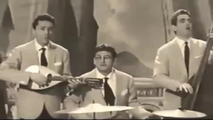 Смешна пародия на Трима Музиканти
