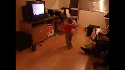 малко танци