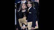 Децата на Майкъл Kатастрофират ...и песента на Michael Jackson - Give In To Me със Превод