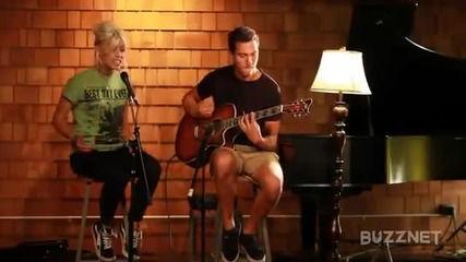 Tonight Alive- Lonely Girl (acoustic)