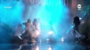 Selena Gomez, Marshmello - Wolves Live performance at the Amas 2017